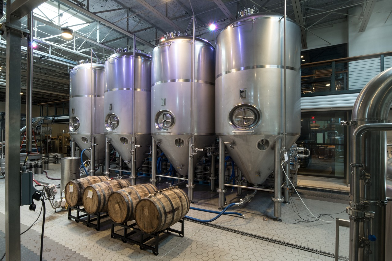 Krones delivered a complete brewery including the fermentation and storage cellar.