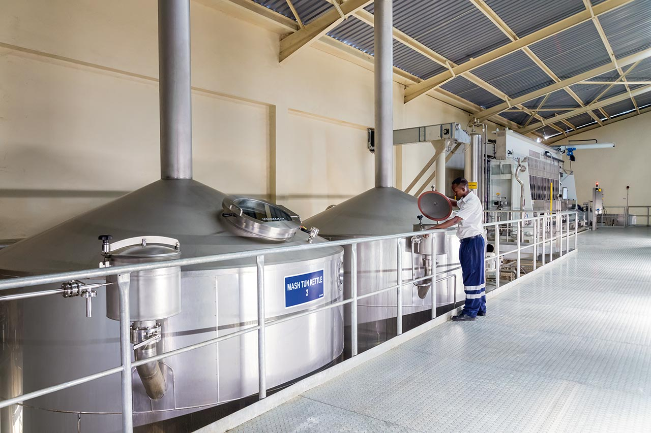 Within just eleven short months, Krones installed for Kenya Breweries Ltd. an entirely new brewery in Kenya.