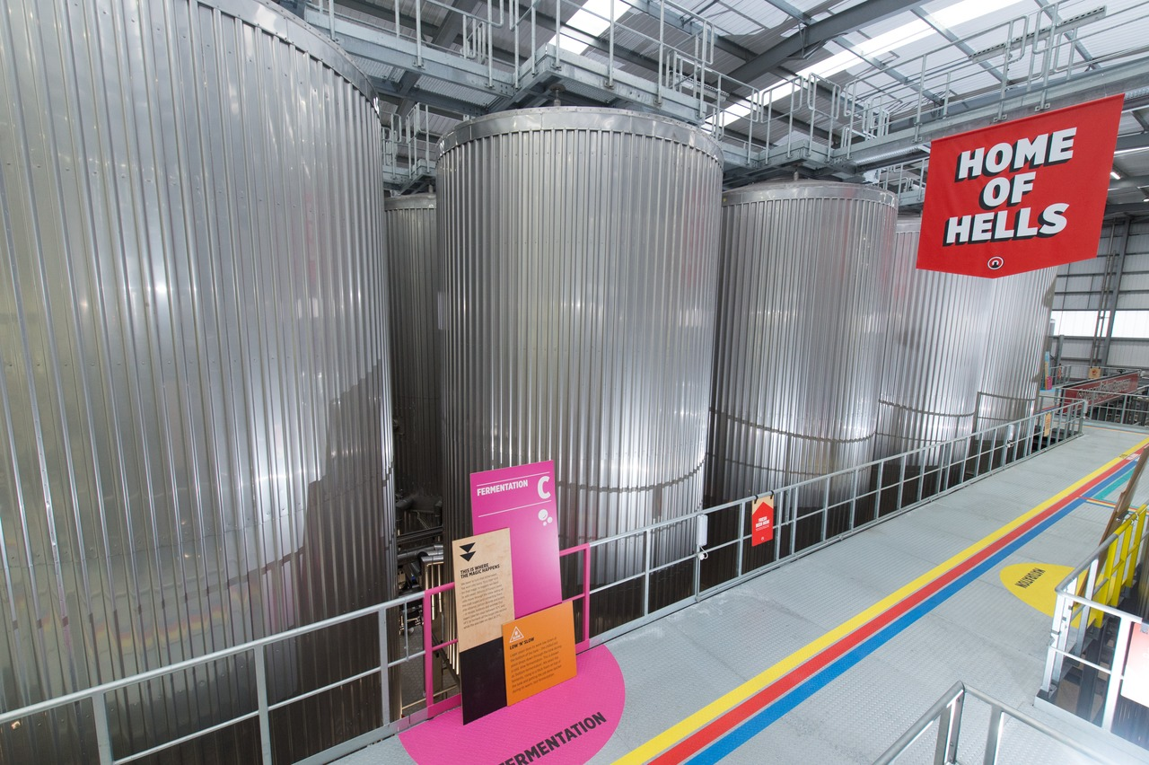 In addition to the standard brewing kit, Camden Town Brewery also ordered – among other things – the entire fermentation and storage cellar from Krones.