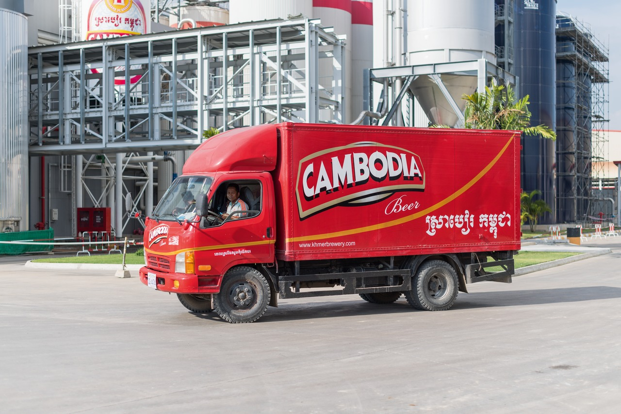 For beer, Khmer Beverages is targeting a market share of 45 per cent to be reached by 2022. It is not least the 29 exclusive beer distributors located all over the country who will make sure this benchmark is attained.