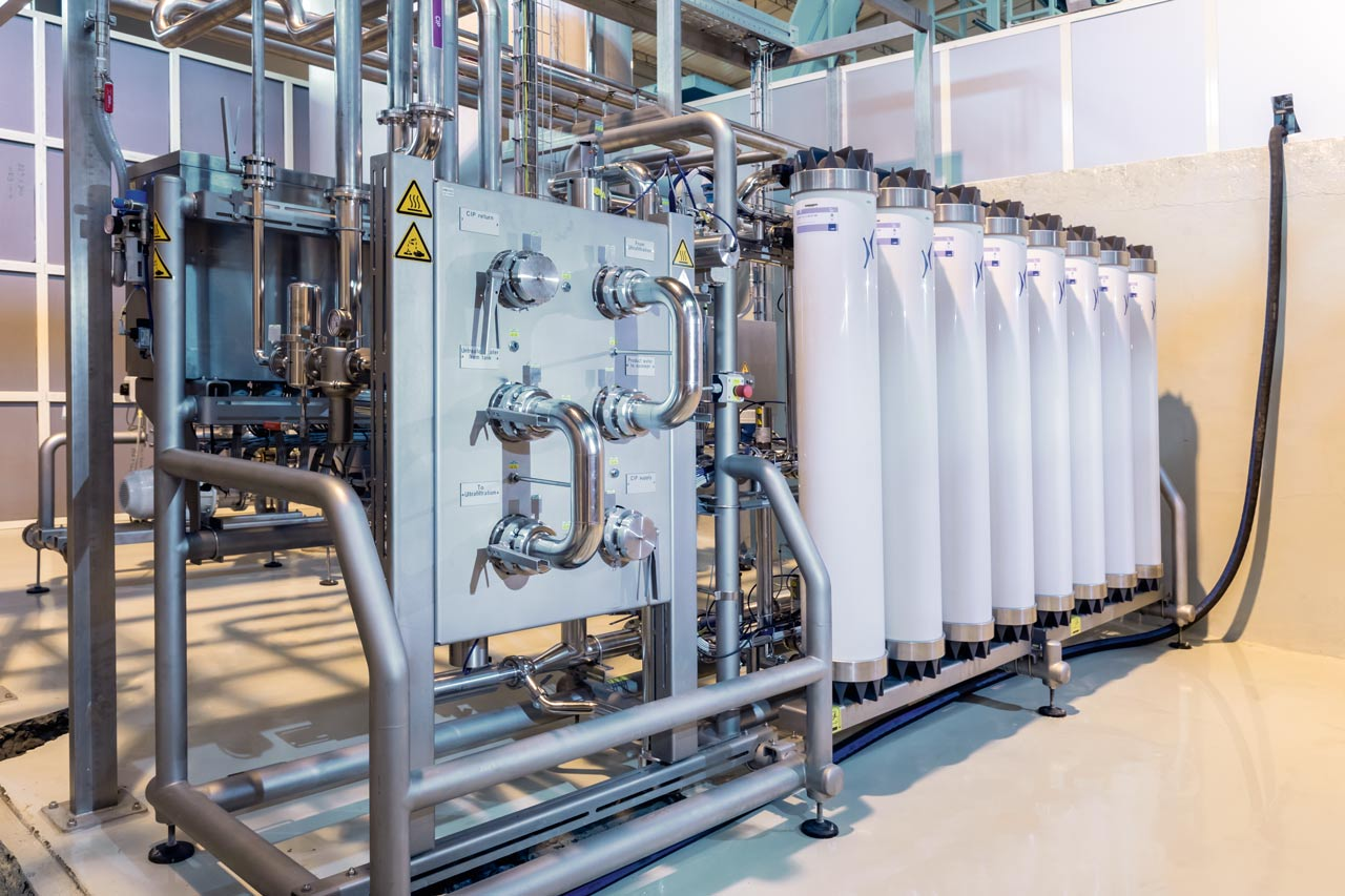 For water treatment, the plant uses a Krones Hydronomic UF, in which the water is ultra-filtered using start-of-the-art membrane technology and hollow fibres.