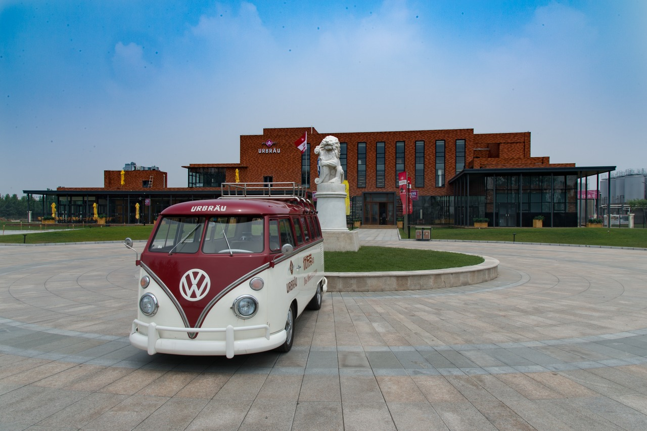 In the Urbräu Brewery Park's customer entertainment centre, an original Volkswagen Beetle manufactured in 1973 is on show, and as a vehicle for promotional purposes TBT Urbräu uses a classical Volkswagen Caravan from the original T1 series.