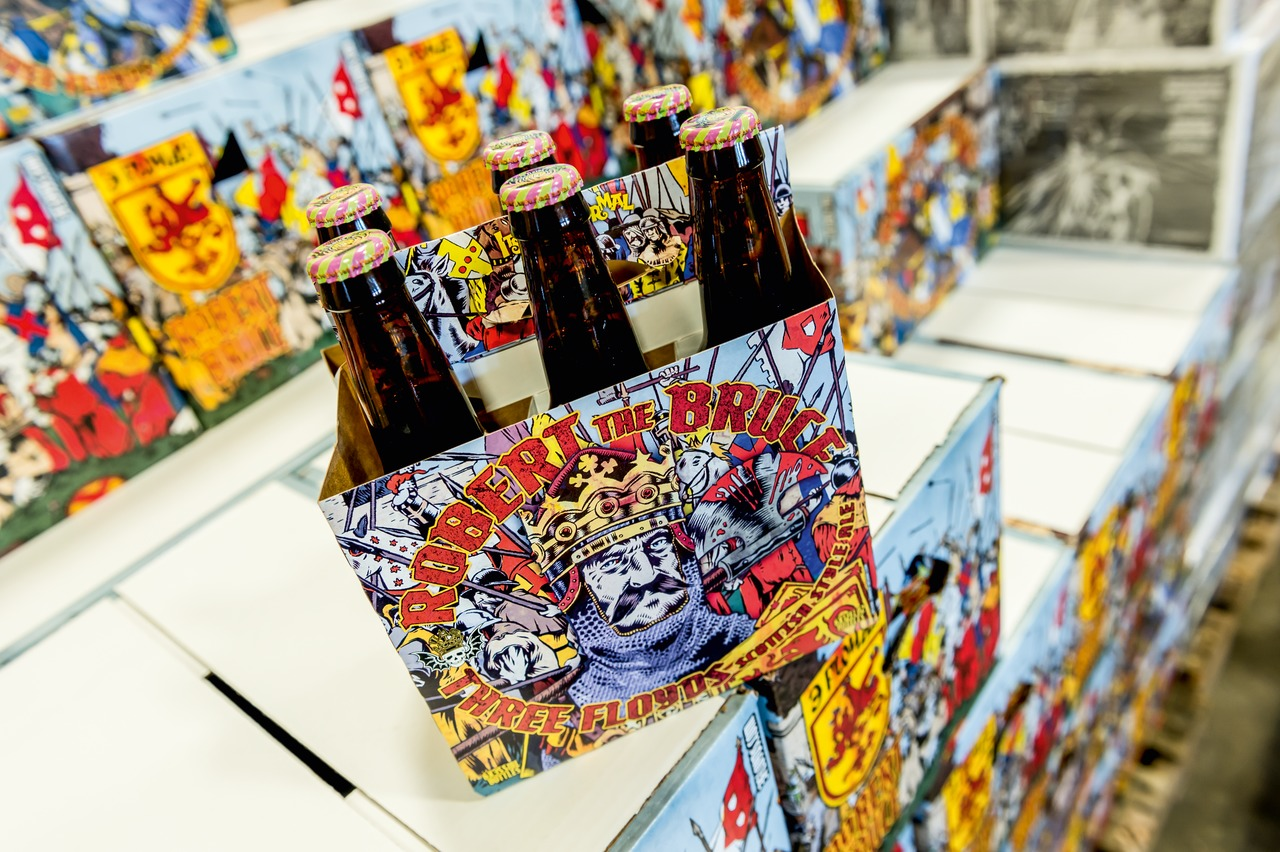 Fuelled by the invention of some zany names for his beers, matched only by their out-of-the-ordinary packaging, a hype developed around the beers of Three Floyds in the Chicago conurbation. And all of it without any advertising and marketing whatsoever.
