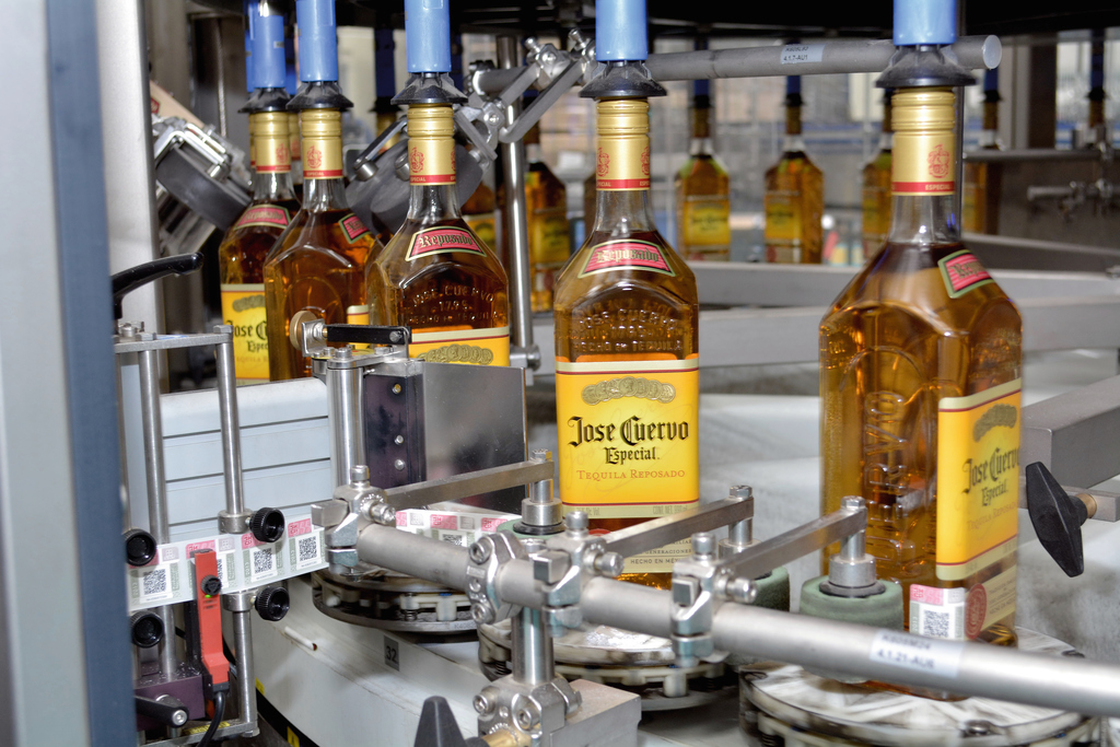 Since Jose Cuervo had previously gained some positive experience with Krones' labellers, the tequila producer now chose a Multimodul modularised labeller for the second time.
