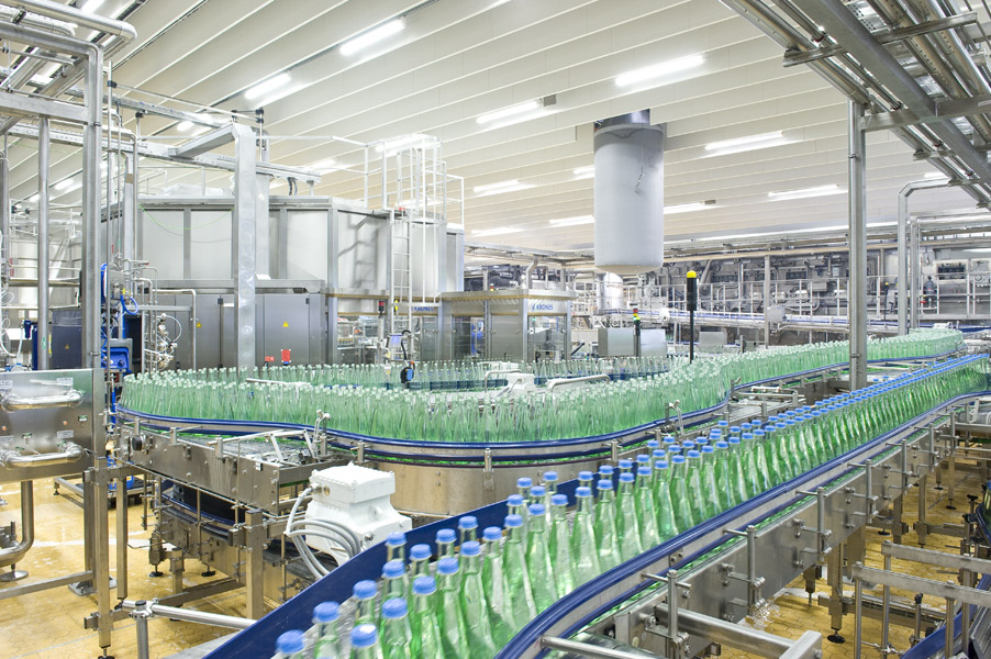The conveyors ensure exceptionally gentle bottle handling.